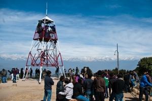 Uitkijktoren in Nagarkot, mooi uitzicht, alleen wat drukker dan verwacht